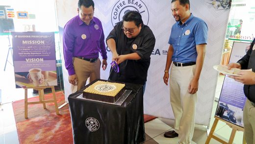 The Coffee Bean & Tea Leaf Celebrates its 17th Anniversary