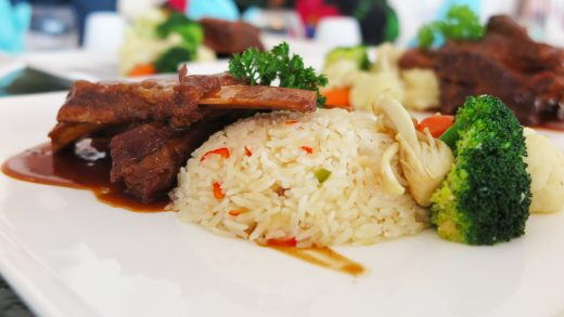 Horizons Restaurant Wows Meat Lovers With Braised Beef Ribs Lunch Promotion