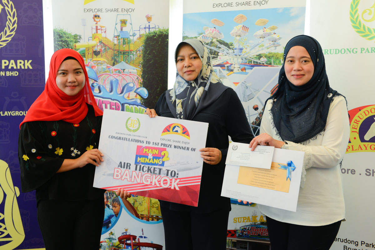 Jerudong Park Playground's Main & Menang Grand Lucky Draw Winners