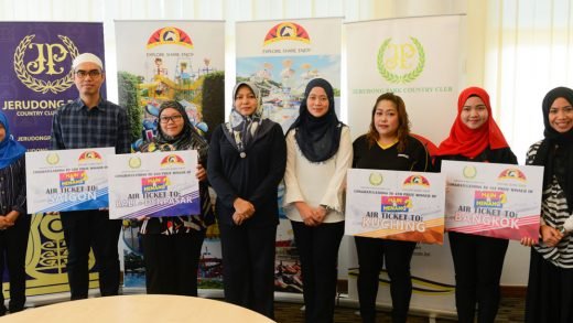 Jerudong Park Playground's Main & Menang Grand Lucky Draw Winners Walk Away with Air Tickets and More