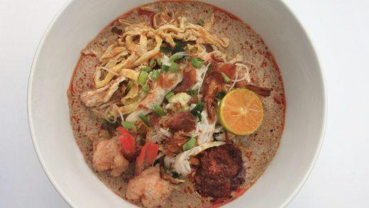BiG Trail:10 Must Eats Around Borneo!